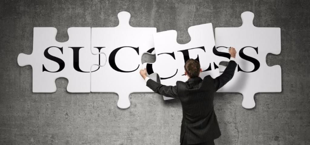 Quali caratteristiche sono necessarie nelle transazioni di carriera?