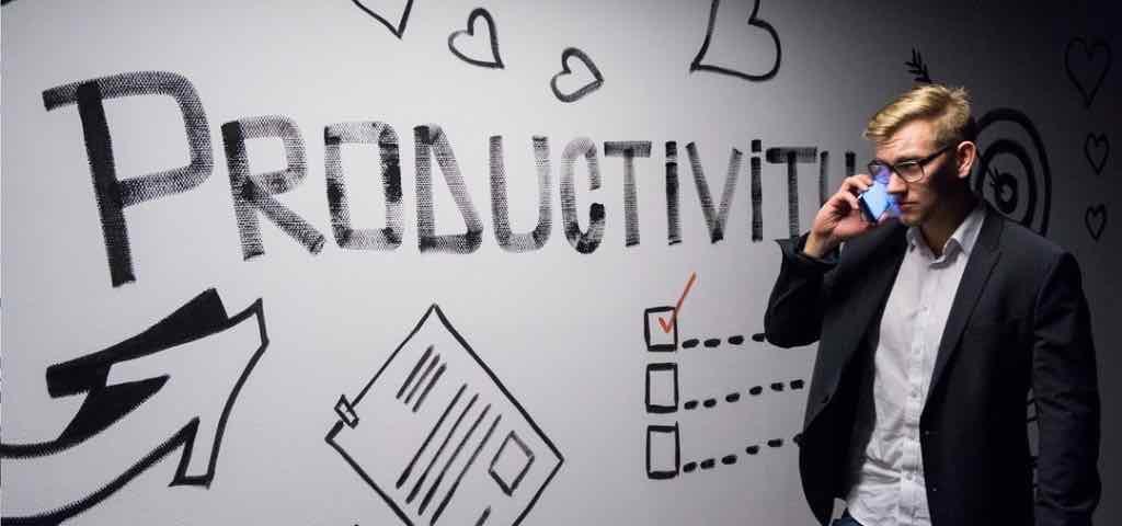 Lavorare meno, produrre e vivere di più (e meglio)