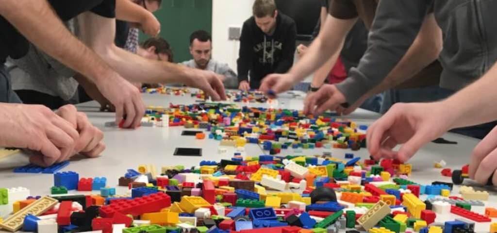 Lego® Serious Play®: sviluppare le capacità attraverso il gioco serio